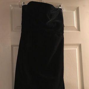 Size 4 black strapless velvet holiday dress